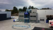 Industristein i blått, hvitt og grått for Volvo