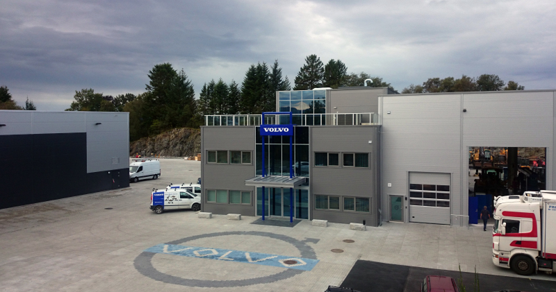 NOBI har produsert og levert industristein i fargene hvit, blå og grå, samt Aco Drain-systemet til Volvo Maskin Service.