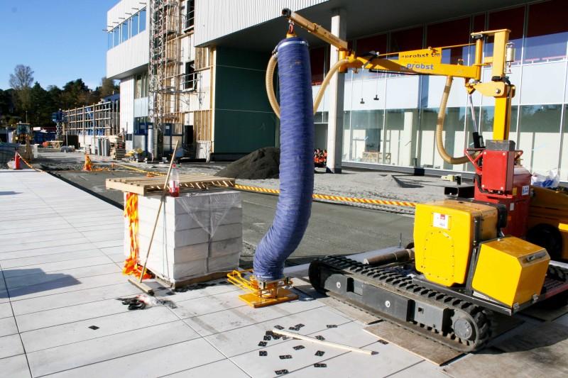 Oasen kjøpesenter har fått spesialheller i betong, prodsert og levert av NOBI.