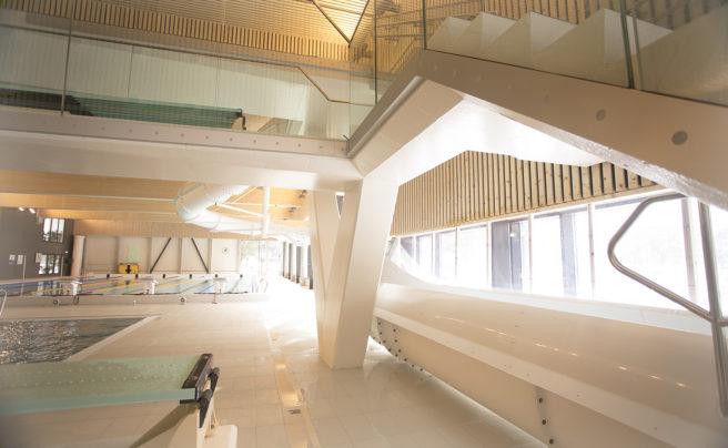 Både til Nye Voss Gymnas og det topp moderne symjeanlegget Vossabadet har NOBI Voss levert betongelement og ferdigbetong