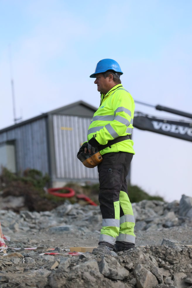- Å levere all betongen til stasjonen og restauranten til ny gondolbane er et ærefult oppdrag. Dette blir et landemerke på Voss, sier Johnny Gerald, blanderiformann i NOBI Voss.